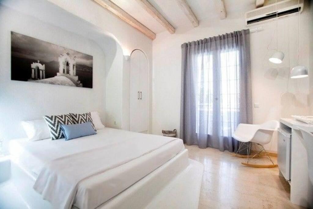Privee Hotel Santorini - Deluxe Double