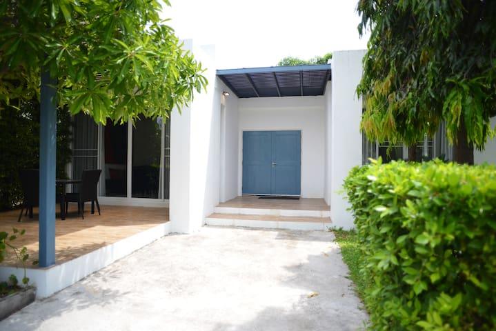 *Rare Gem* Artsy Beach House for Rent in Hua Hin