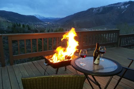 Roaring Fork Retreat - Glenwood Springs