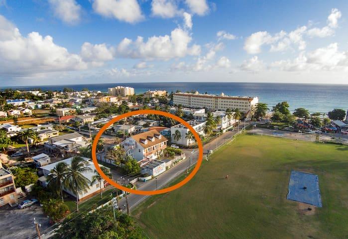 Sun N' Sea Apartments (C)