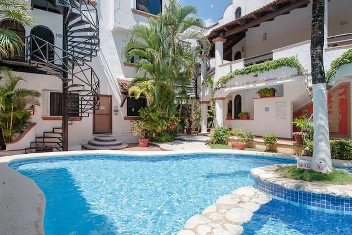 Beautiful apartment on the side Mamitas Beach - Playa del Carmen - Daire