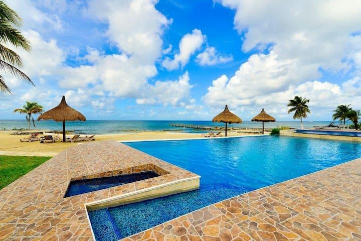 Villa Coralina at Costa del Sol;  Pool, Jacuzzi