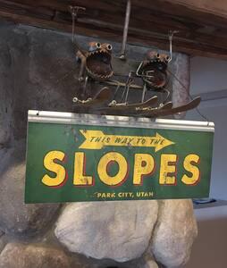 Sophie's Ski Chalet - Harbor Springs