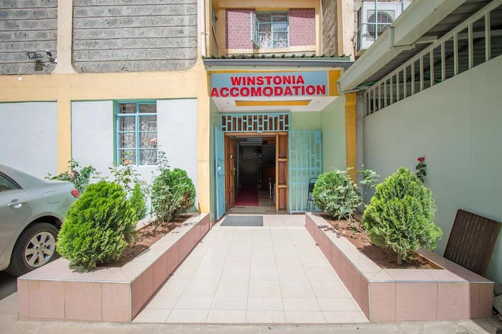 Winstonia Accommodation, 5 kms from the airport!