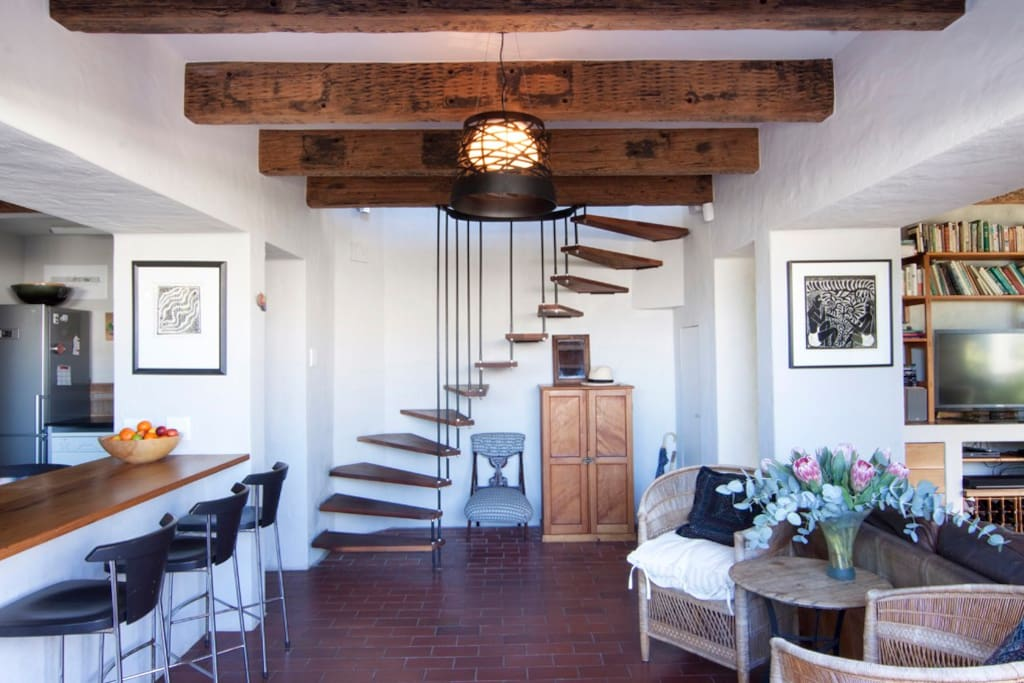 Woodbine contemporary kalk bay light spacious houses for Kitchen lights cape town