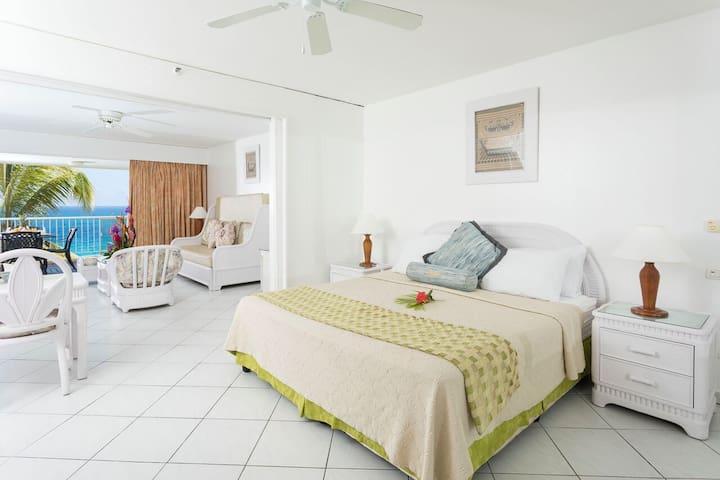 9 - HOME2SXM         1BDR