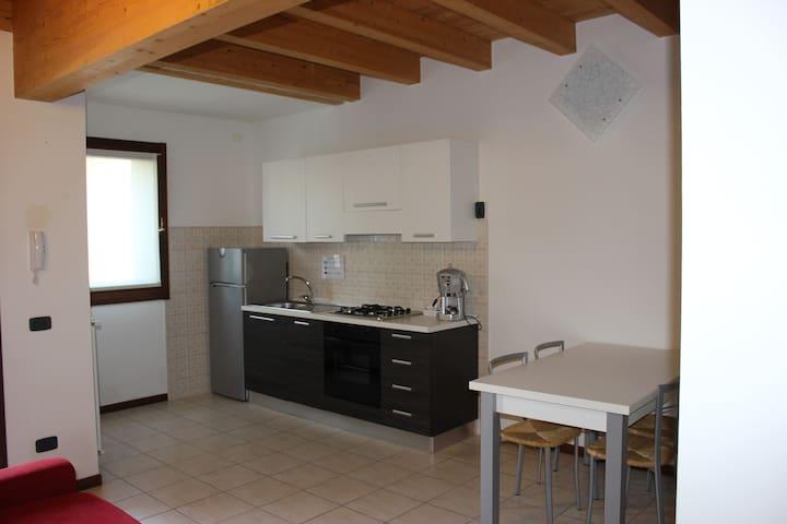 Residence Le Zagare - Appartamento Girasole - Sant'Ambrogio di Valpolicella - Pis