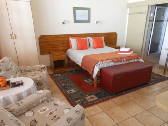 MENUCHAH Self-catering Accommodation 1