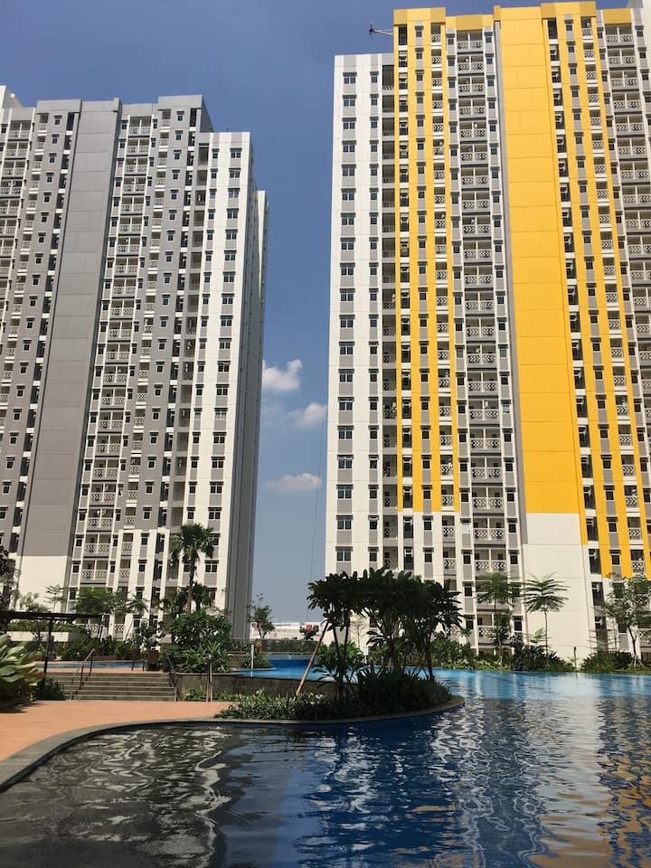 The Springlake Summarecon,Bekasi, 3 Br & Lake view