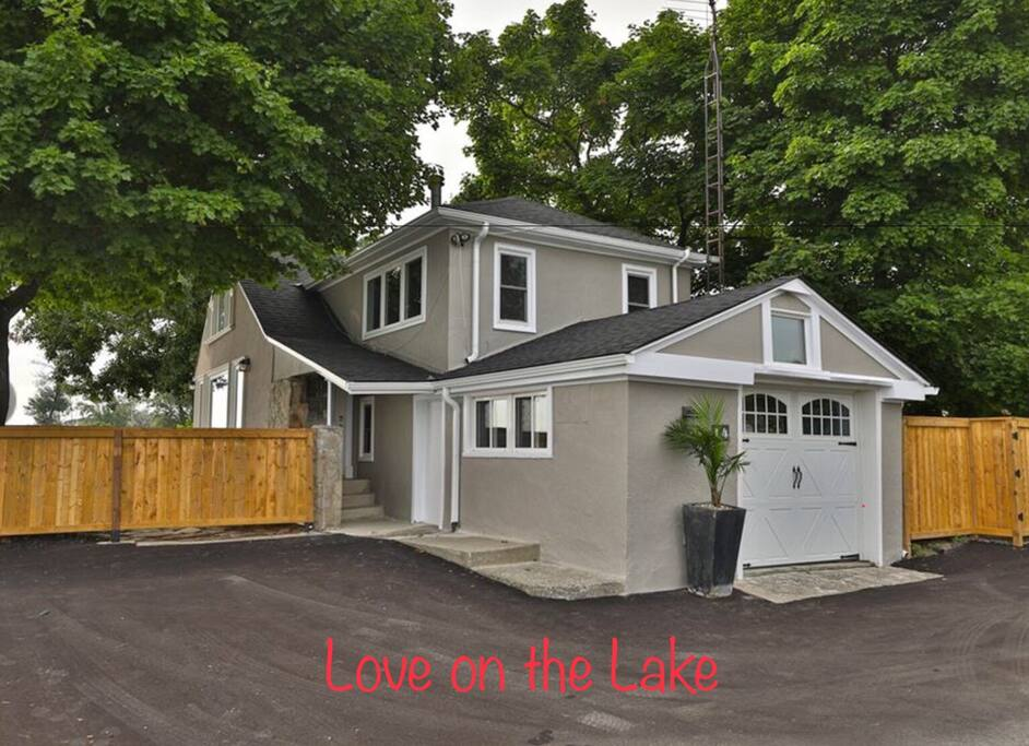 Lakefront home -  tucked away from city noise and traffic.   Your private oasis.