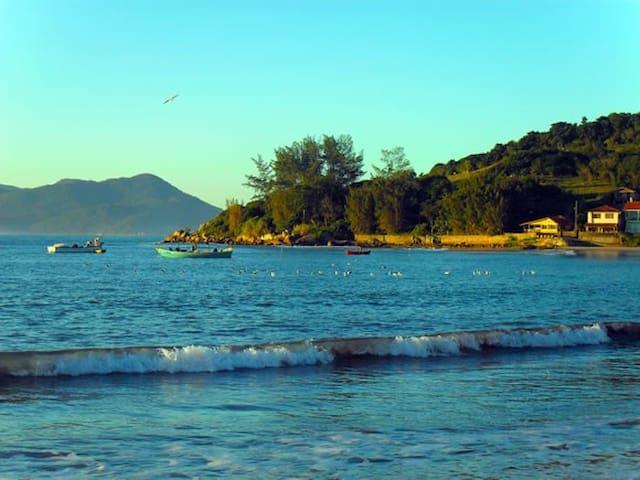 Casa Praia da Pinheira e Guarda do Embaú