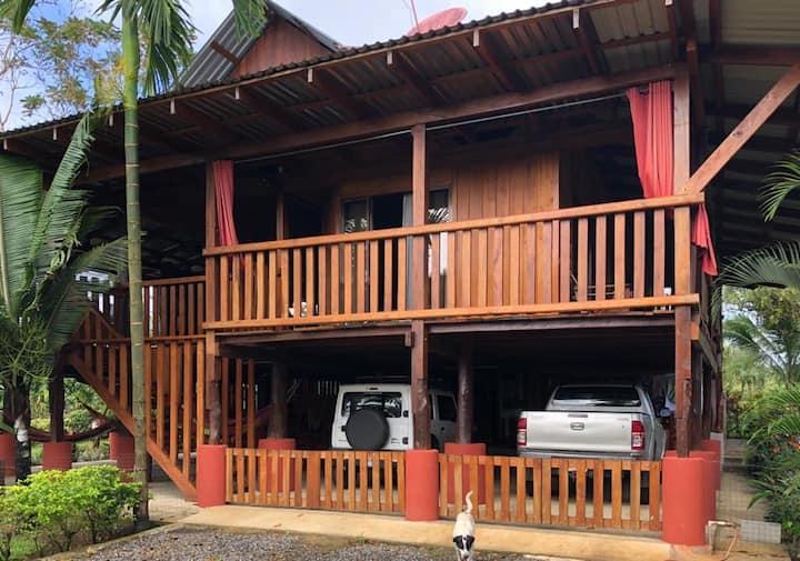 Casa Rustica Rio Celeste