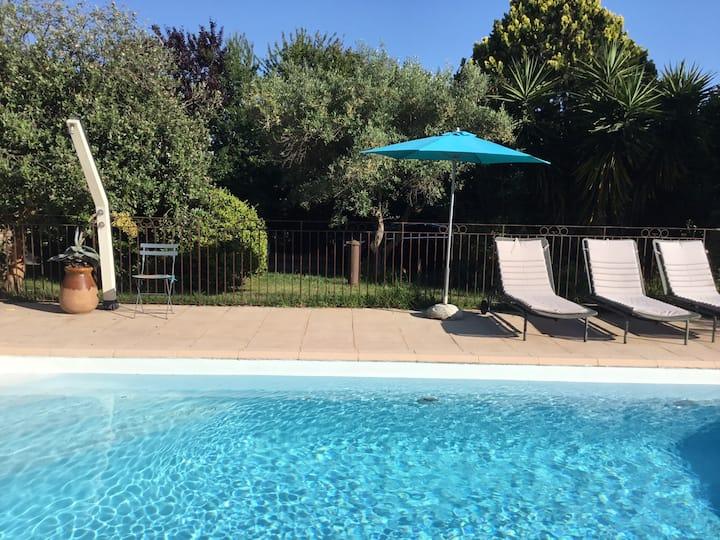 Villa avec superbe piscine