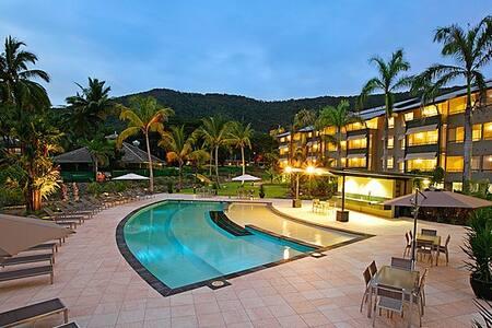 Paradise Palms Resort Studio Room