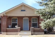 Ross House- Close to ASU, visit  Great Sand Dunes