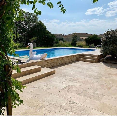 logement de 40m2 avec piscine partagée