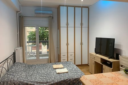 ATHENS LUXURY CENTRAL STUDIO