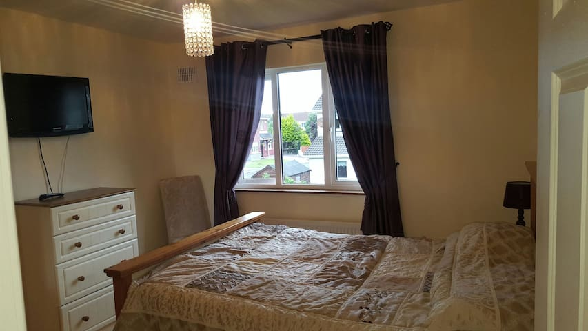 Double room - Ennis - Bed & Breakfast
