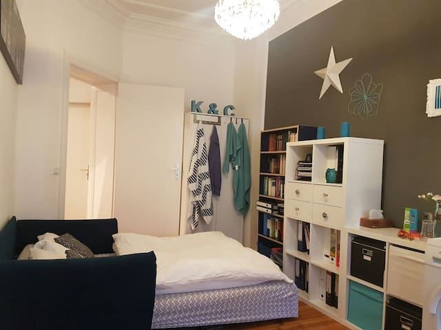 Room with balkony - Berlin - Apartment