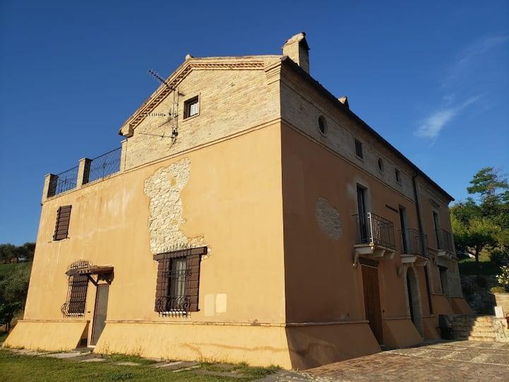 S Maria dei Mesi- Romantica casa con terrazza