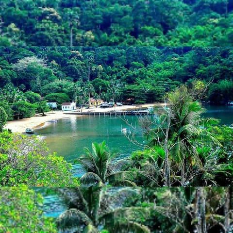 Casa dos Félix Praia da Longa/ Ilha Grande