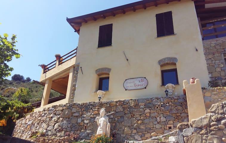 Intero Casale - Taggia e Sanremo vista mare super - Taggia - Haus