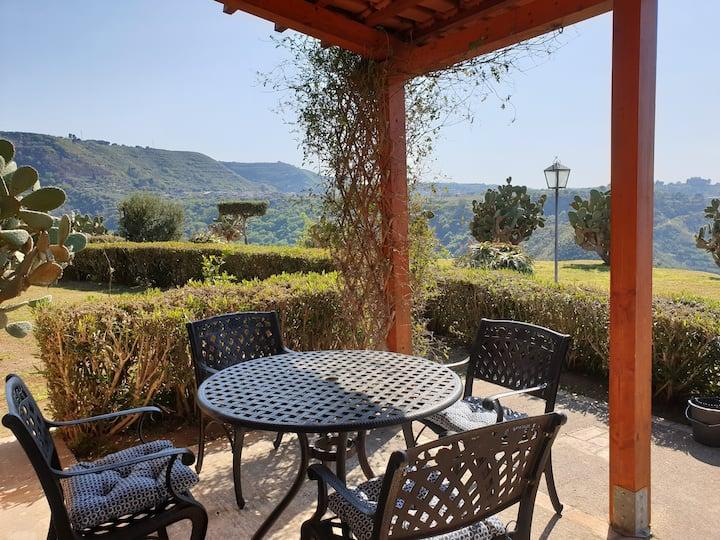 Marasusa Apartment with Fantastic views byTropea