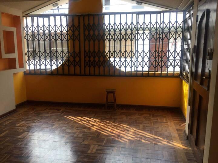 Departamento  iluminado en zona de Los Olivos