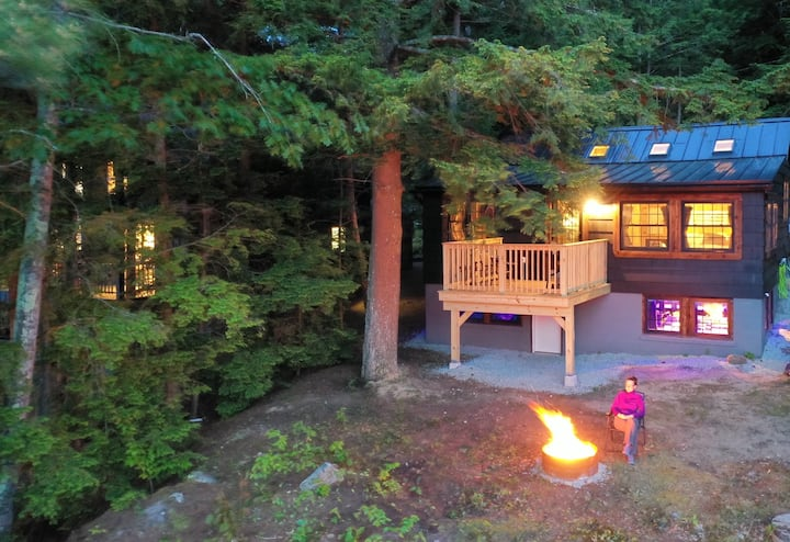 The Fishing Cottage: A Sweetwater Stay