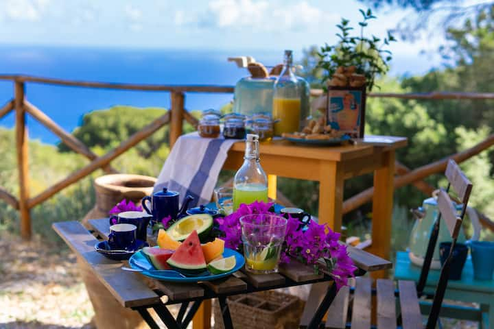 BEATRIX NEST COTTAGE HIDEAWAY BY THE SEA CEFALU'