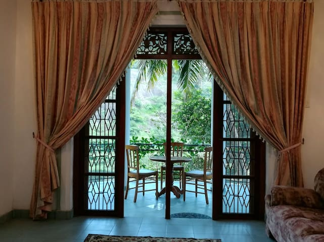 COOLSPRING -A Perfect Guest House To Rest In Kandy - Tennekumbura, Central Province, LK - Huis