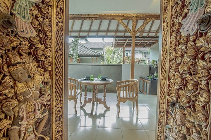 1BR AMAZING Condo Villa with Kitchenette at Ubud
