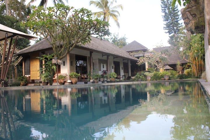WB Villa A true Balinese experience - Ubud - Rumah