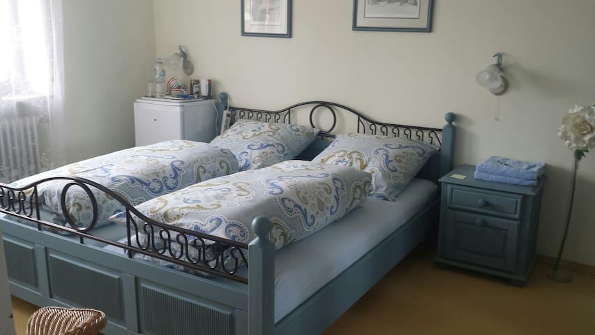 Blaues Zimmer - ruhig, hell und gemütlich