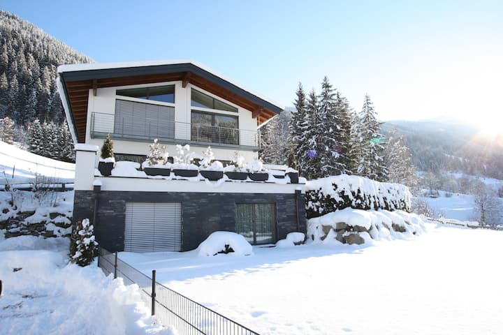 Charming Apartment in Untertauern near Ski Bus Stop