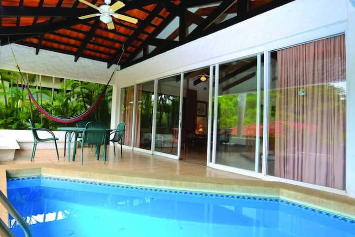 Villa in Playa Hermosa w/ private pool