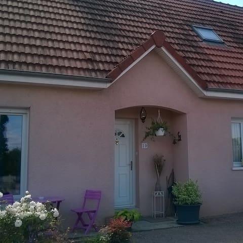 Chambres dans maison accueillante