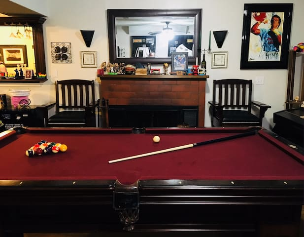 Fun and Comfort in Beacon Hill W/Pool Table+