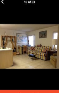 Large Apartment / private entrance - Port Isabel