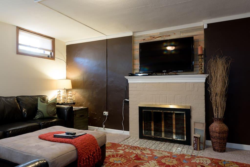 perfect 39 charming 39 tudor private basement suite houses