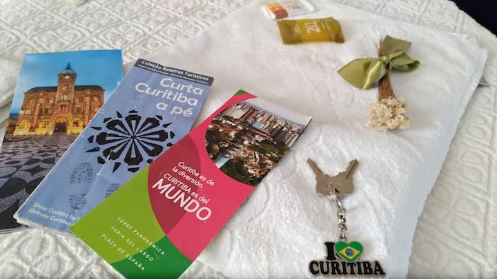 Hospede-se no Coração de Curitiba
