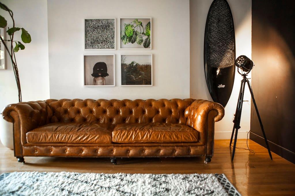 Modern & Sunny Living Space