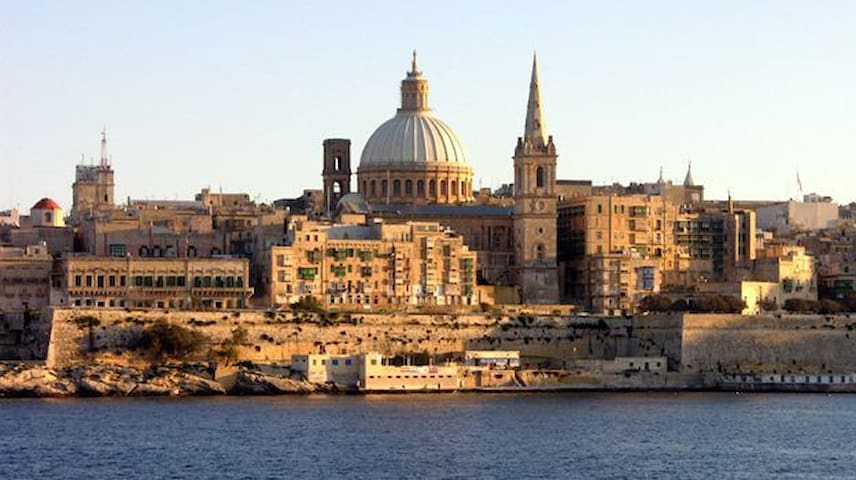 2 beds for single or couple in Central Malta - Birkirkara - Departamento