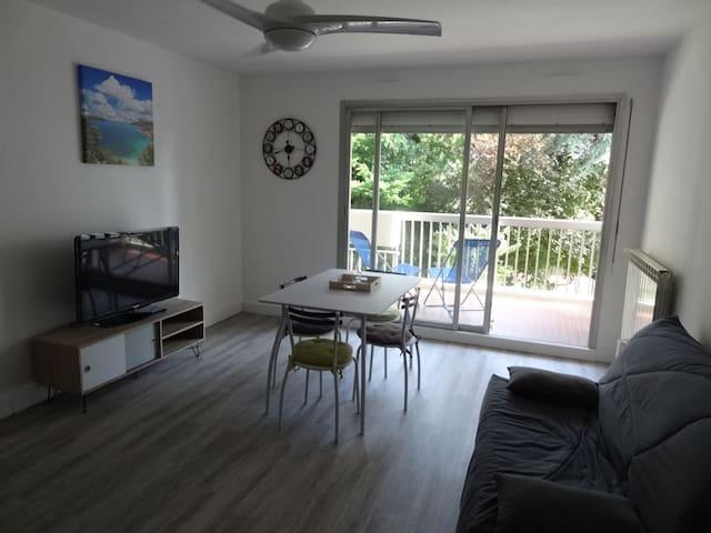 Studio 30m² Nice Ouest avec terrasse