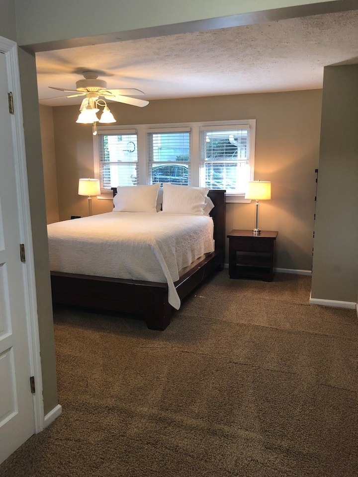Main level queen bedroom with private bath.