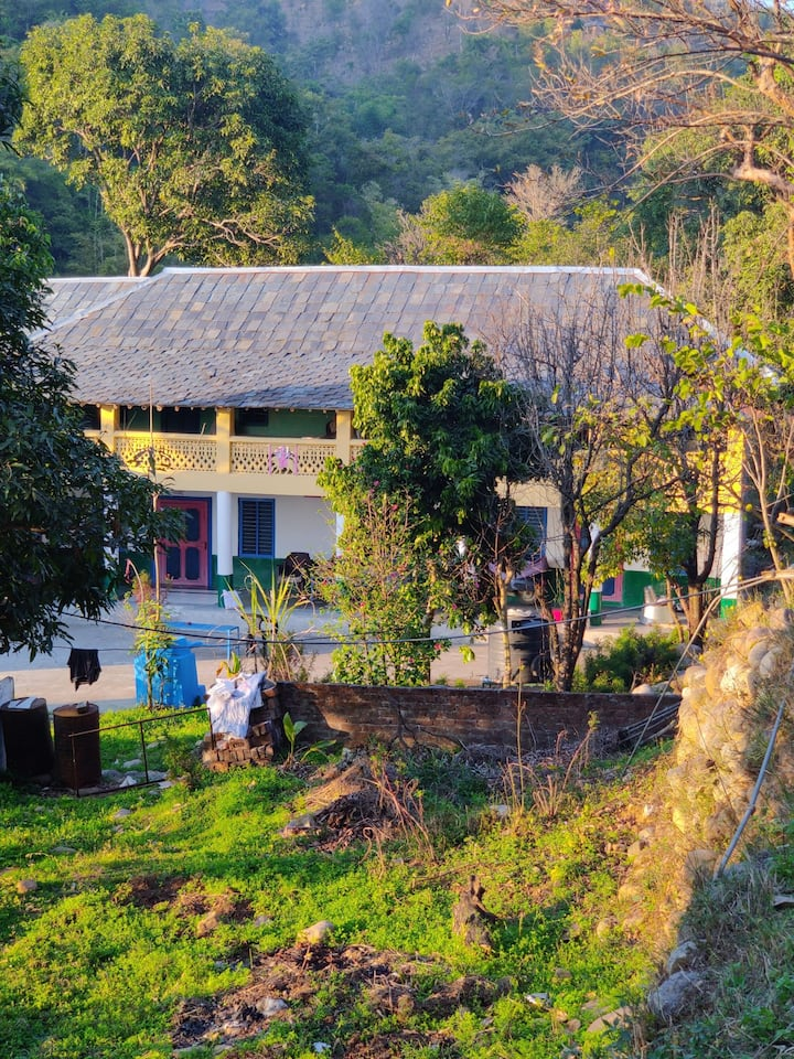 Budget Homestay in the Himalyas