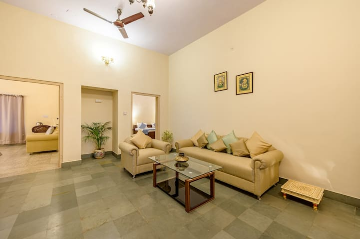 Independent 2BHK★Central Location★Ideal for Groups