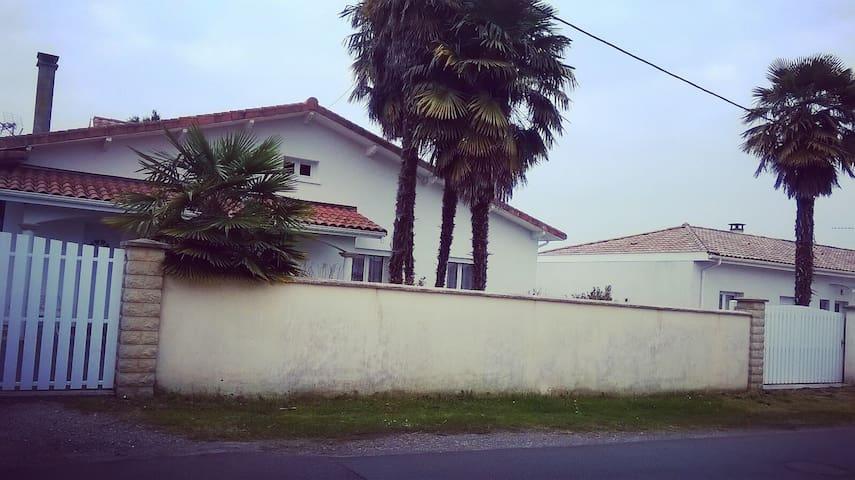 Rez de maison avec piscine - Saint-Paul-lès-Dax