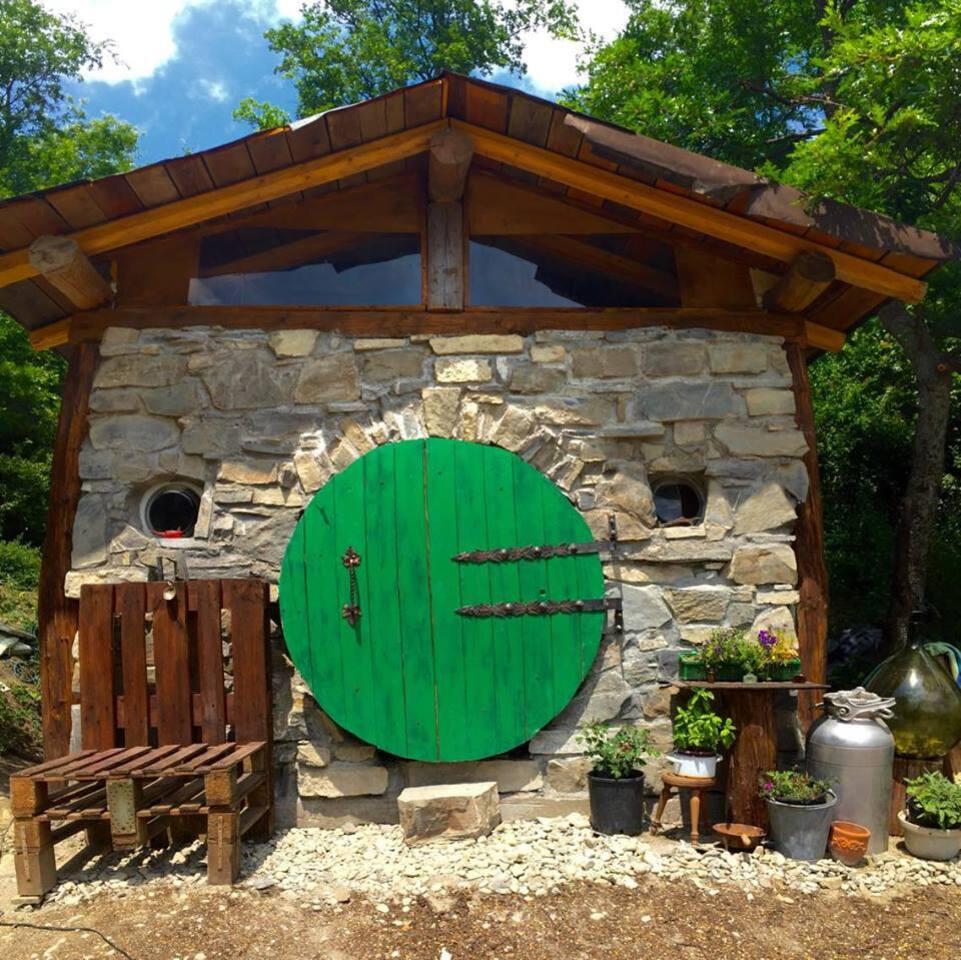Hobbit House in Italy - Cabins for Rent in Villa Minozzo, Emilia-Romagna,  Italy