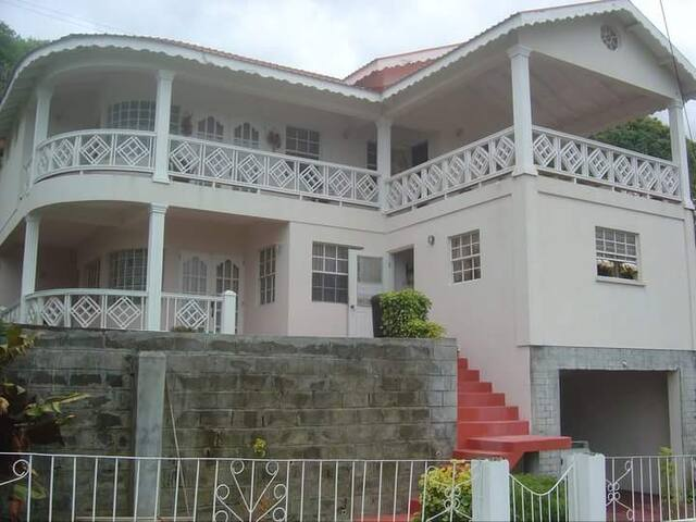 Jak's House - Calliaqua - House